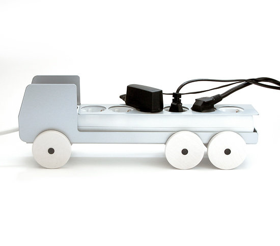 camion cache multiprise 6 prises en m tal plugtruck. Black Bedroom Furniture Sets. Home Design Ideas
