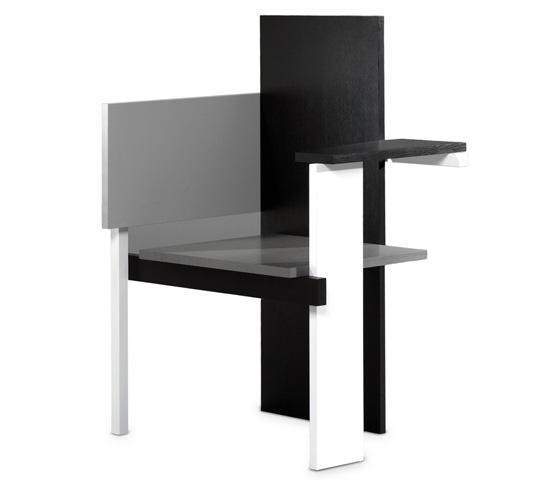 berlin chair par gerrit rietveld. Black Bedroom Furniture Sets. Home Design Ideas