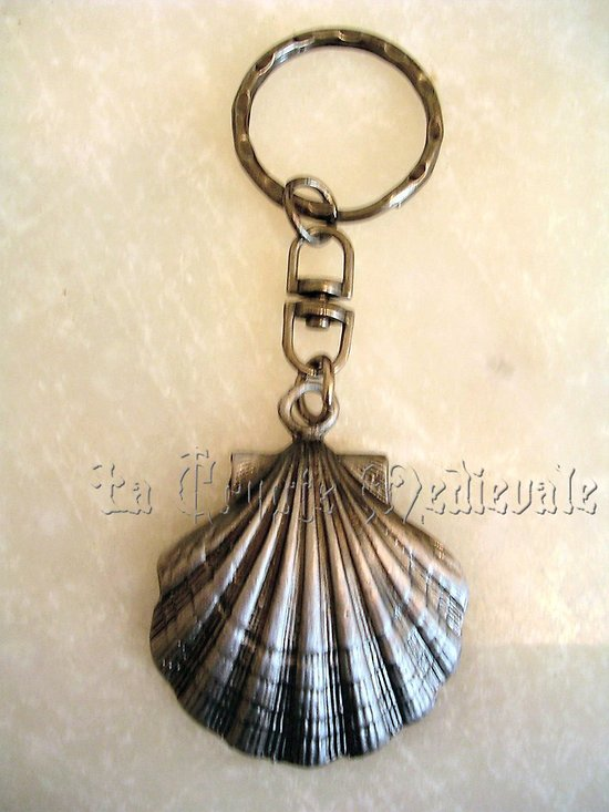Porte clef coquille saintjacques de compostelle pelerin for Portent une coquille