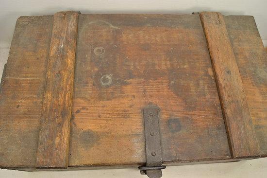 Grande caisse munitions en bois allemande premi re - Caisse en bois a donner ...