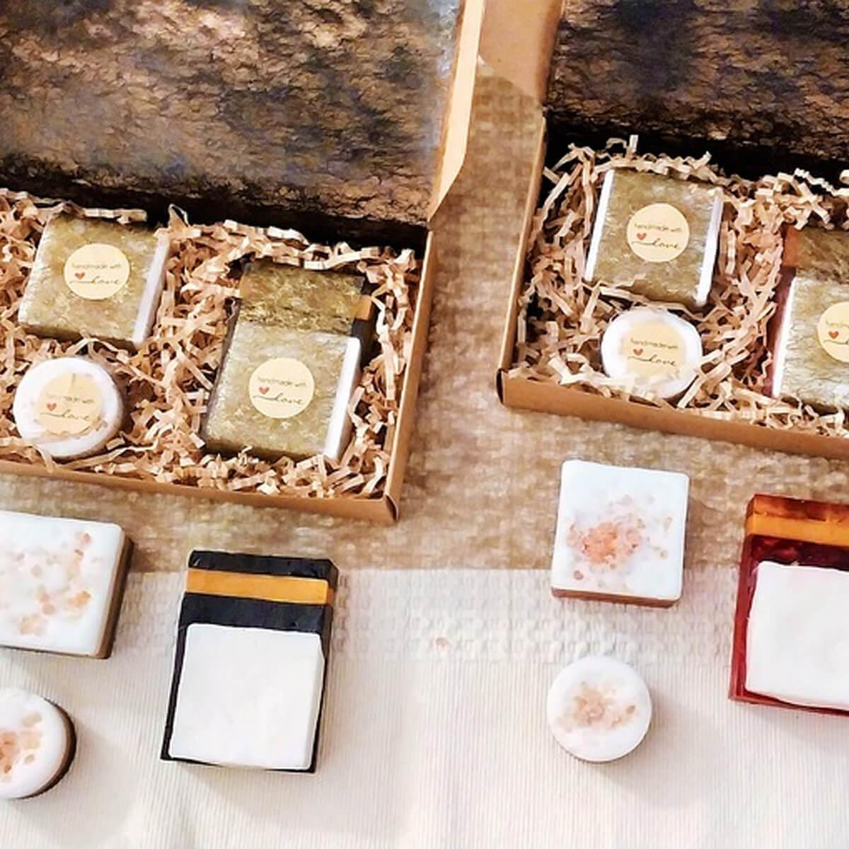 Achetez_nos_Box_bio_maquillage_manucure_Ado_fille_AM-Cosmetiques.jpg