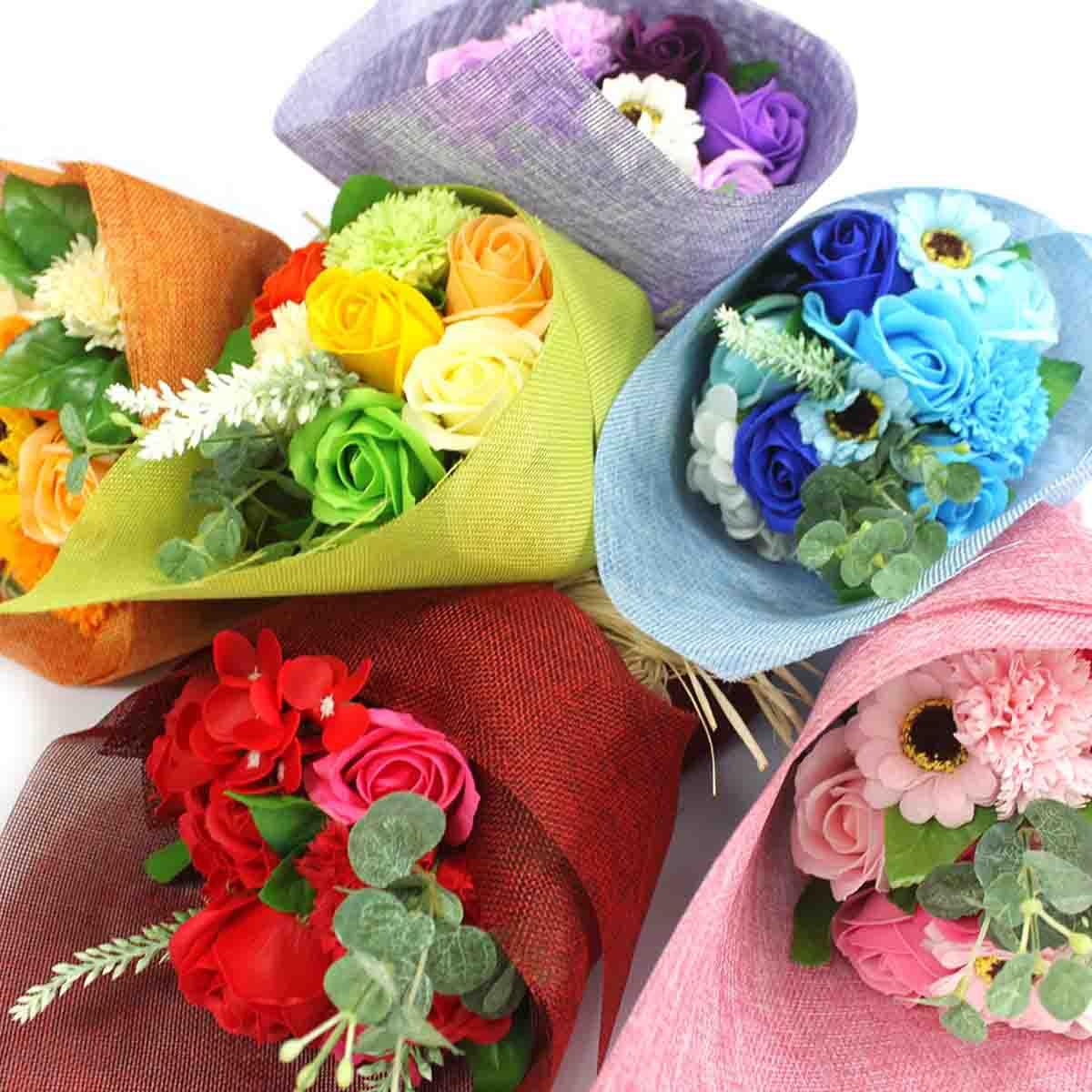 Bouquet_avec_des_fleurs_en_Savon_chez_AM-Cosmetiques.jpg