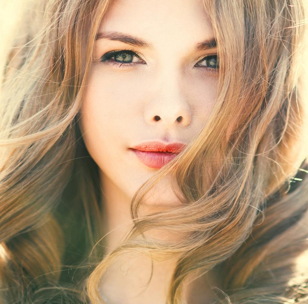 Rouge_a_levres_Bio_Avril_chez_AM-Cosmetiques.jpg