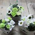 Bouquet fleurs en savon Vert avec des Roses, tournesol en panier