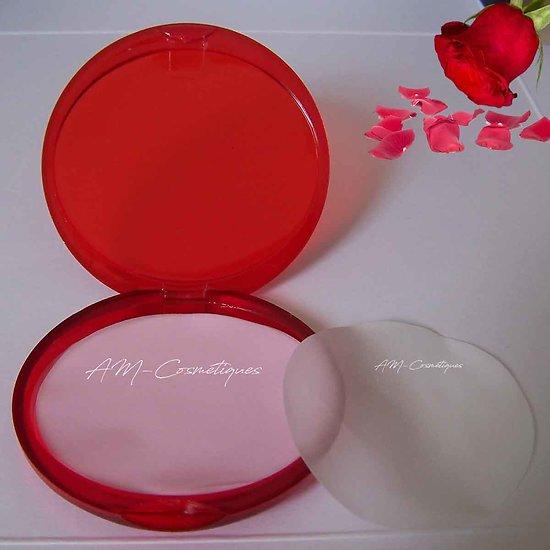 Feuilles de savon Rose parfum floral, utile et à emporter partout