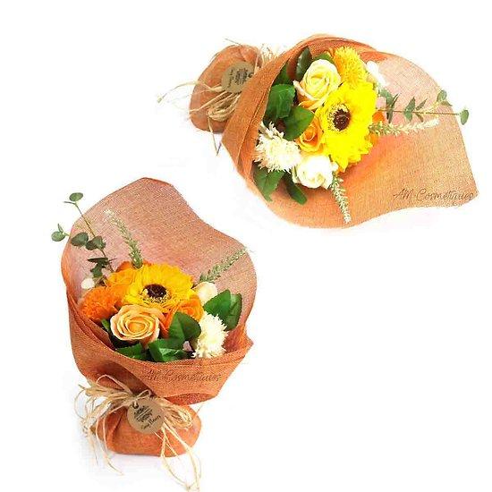 Bouquet de fleurs savon Orange avec roses et oeillets pour bain
