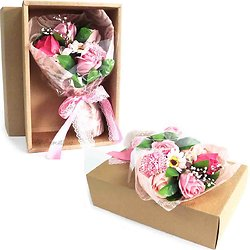 Bouquet de fleurs en savon Rose dans sa boite bain romantique