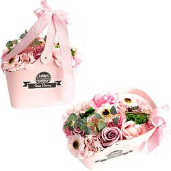 Bouquet de fleurs de savon Rose avec panier pour un bain romantique