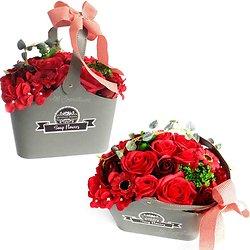 Bouquet de fleurs de savon Rouge avec panier bain romantique
