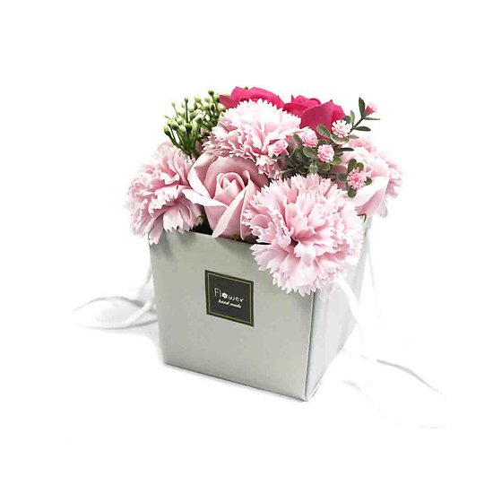 Bouquet de fleurs en savon Rose avec roses et oeillets sac cadeau