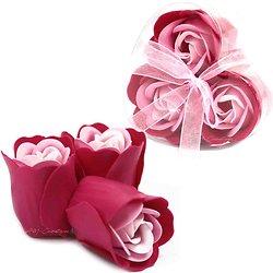 Rose de Savon Rose pour le bain lot de 3 dans une boite en Coeur