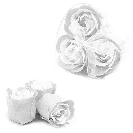 Rose de Savon en Blanc pour le bain lot de 3 dans une boite Coeur