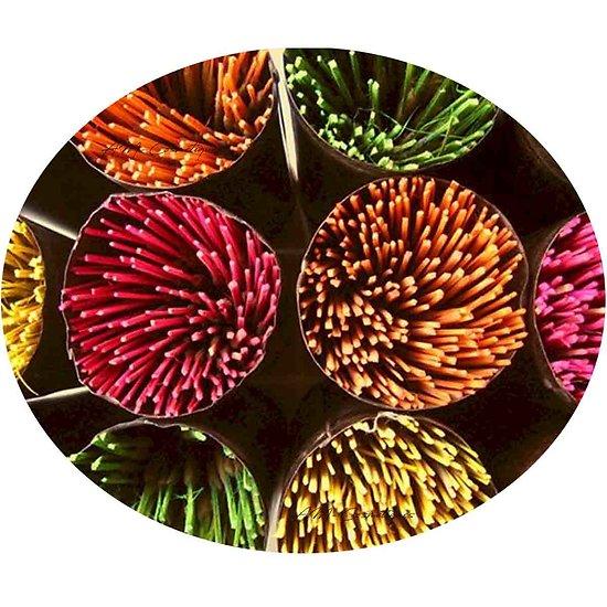 Bâtonnet d'encens Indien 25cm avec mélange parfumé et coloré