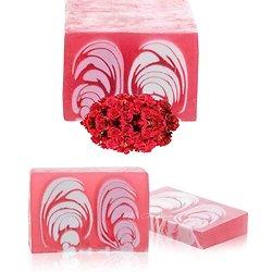 Savon artisanal Rose en 100g floral avec un parfum étonnant