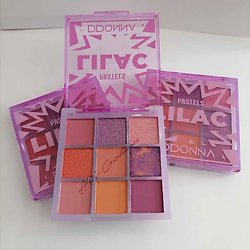 Palette Pastels Lilac Lilas ombres à paupières tons violet D'donna