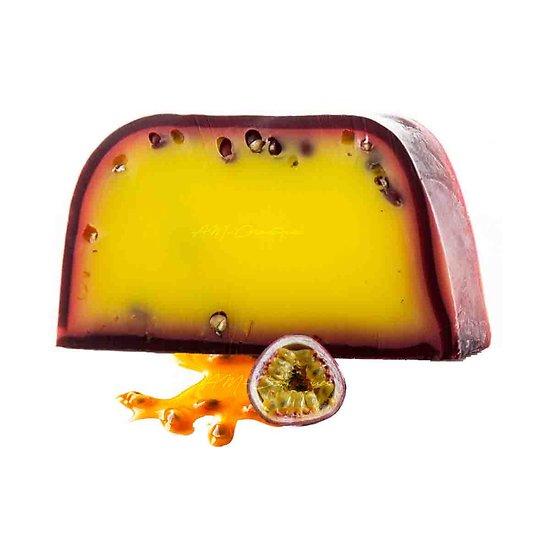 Savon artisanal Fruit de la Passion 100g avec parfum fruité
