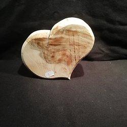Large Coeur en hêtre echauffé 1
