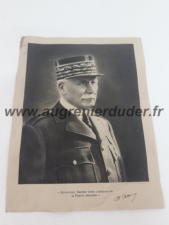 Portrait officiel Pétain France wwII