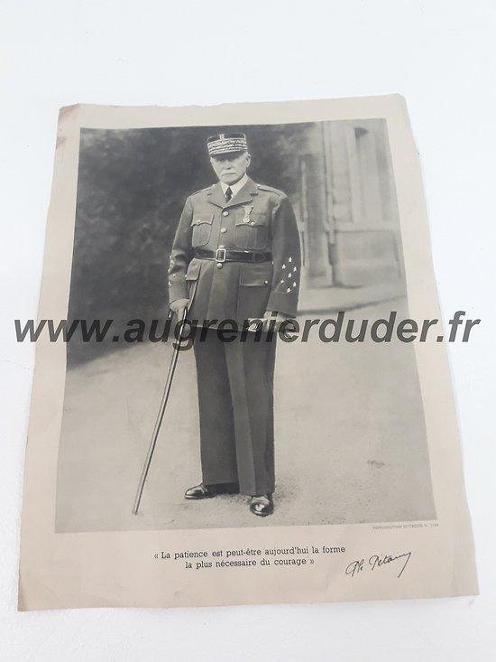 Portrait officiel Pétain France wwII