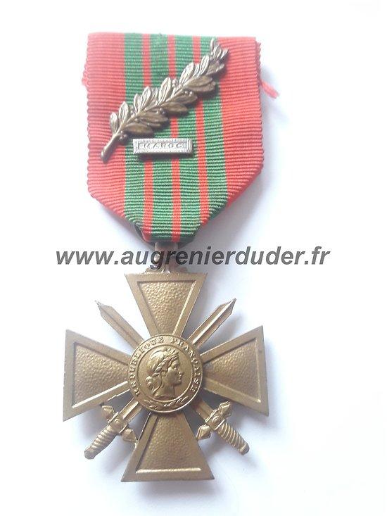 médaille croix de guerre 1939 France