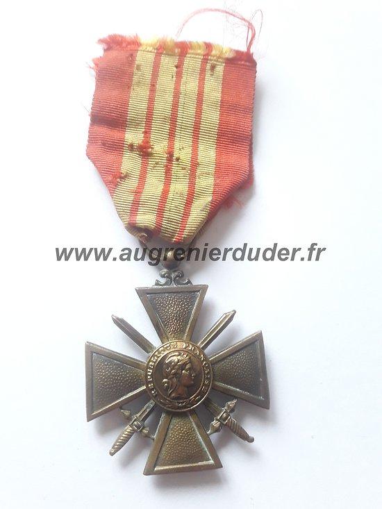 médaille croix de guerre 1939/1940 France