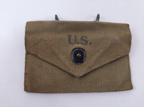 Pochette / pouch porte pansement m-42 USA wwII
