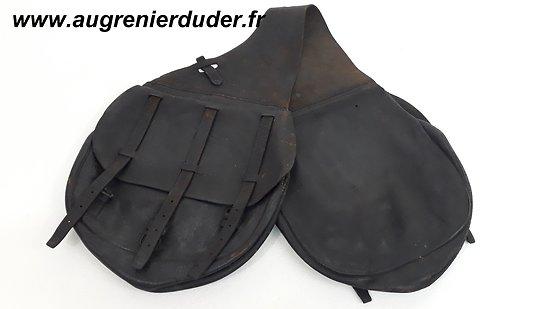 Fontes cavalerie US wwI / leather saddle bags M-1904