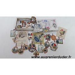 Lot d'insignes papier journées France wwI
