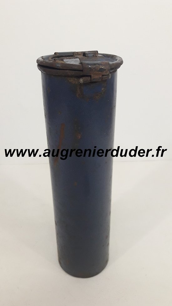 Boîte / container poivre Allemagne wwI