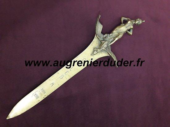 Dague / coupe papier bronze France wwI