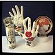 Porte bijoux main tatouée en ceramique - Déco rock style vintage - Love / Hate