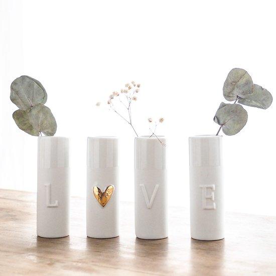 Petits vases en porcelaine et or - LOVE
