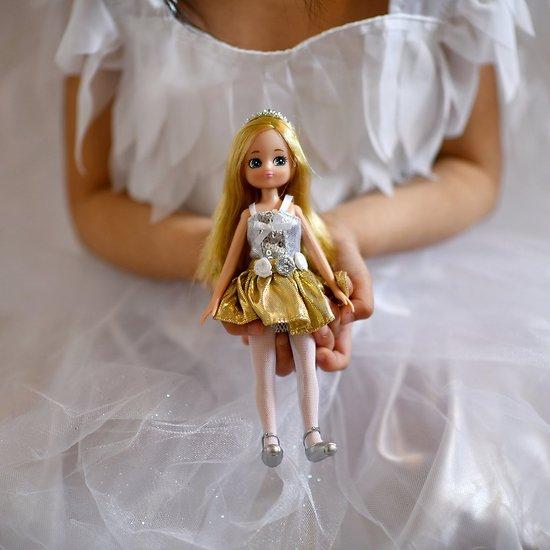 Poupée Lottie - Swan Lake Ballerina