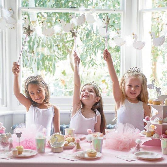 Baguette magique et couronne de princesse