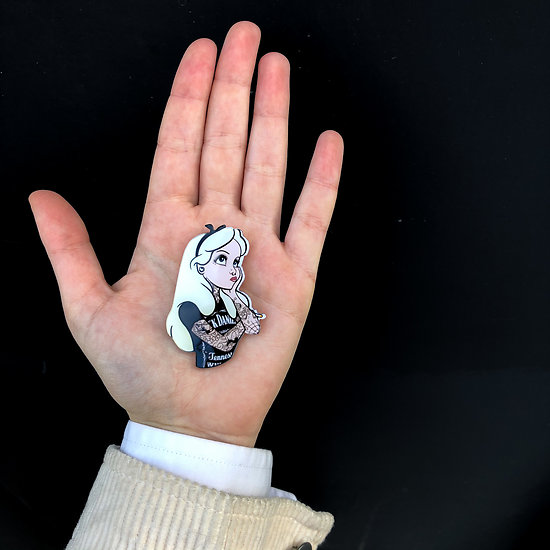 Pin's original - Alice au pays des merveilles punk - Tatoo Rock