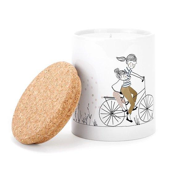 Bougie parfumée en pot céramique - Mère et fille à vélo