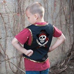 Deguisement veste pirate et cache oeil 5/6 ans