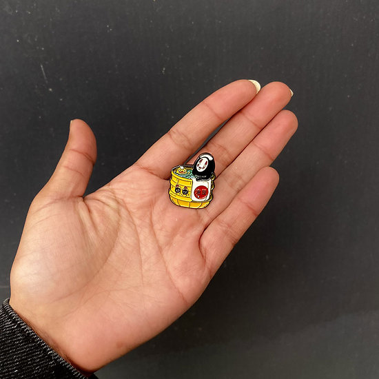 Pins original Chihiro Sans visage au bain