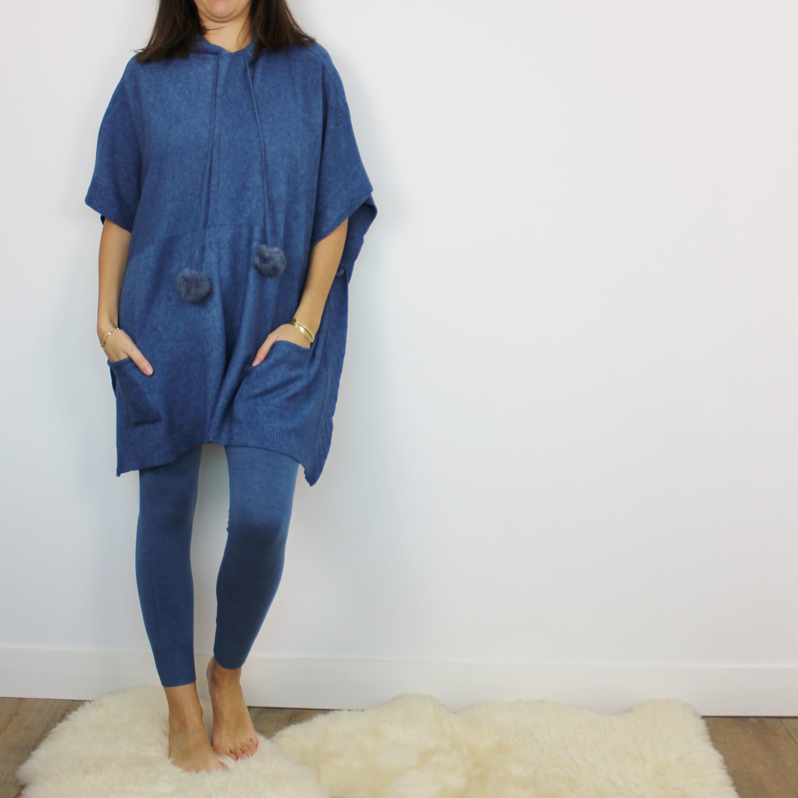 Poncho Cocooning laine   cachemire Bleu - Homewear Femme - Cocoony.fr 38798b925b1a