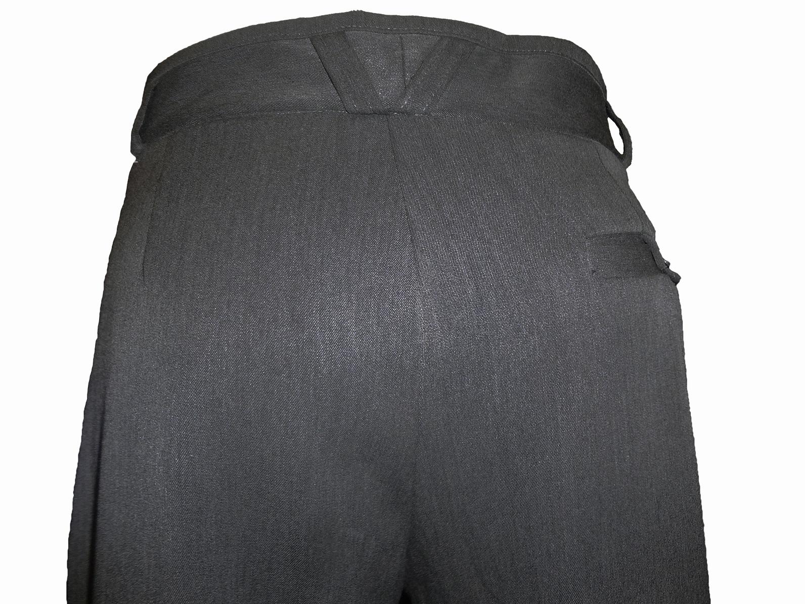 pantalon_gris_habille_pour_homme.jpg
