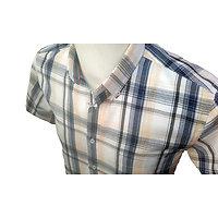 Chemisettes à carreaux de forme ample manches courtes d été pour homme.