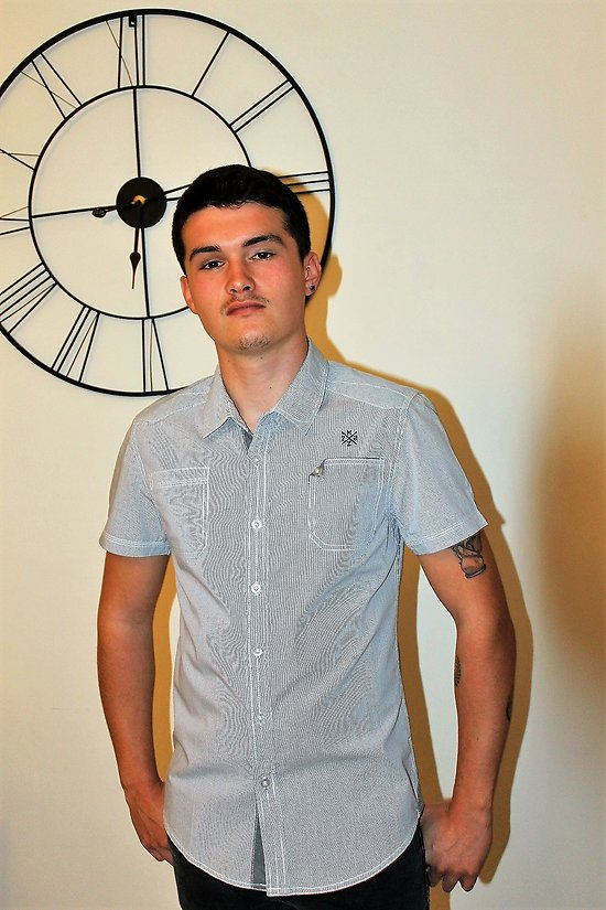 chemisette jeune homme mode manches courte