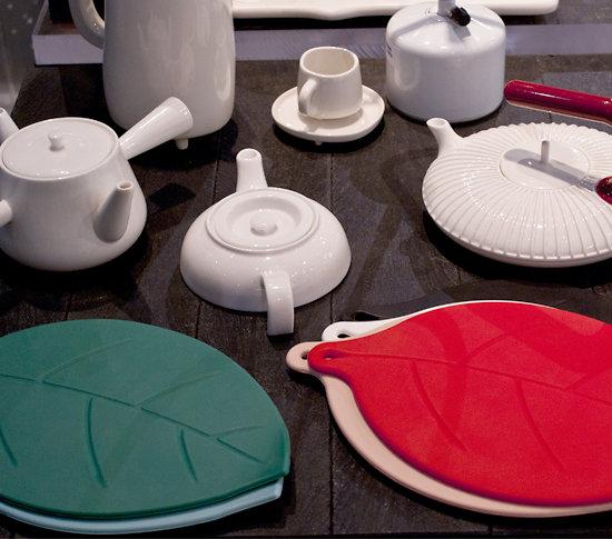 dessous de plat manique en silicone rouge. Black Bedroom Furniture Sets. Home Design Ideas