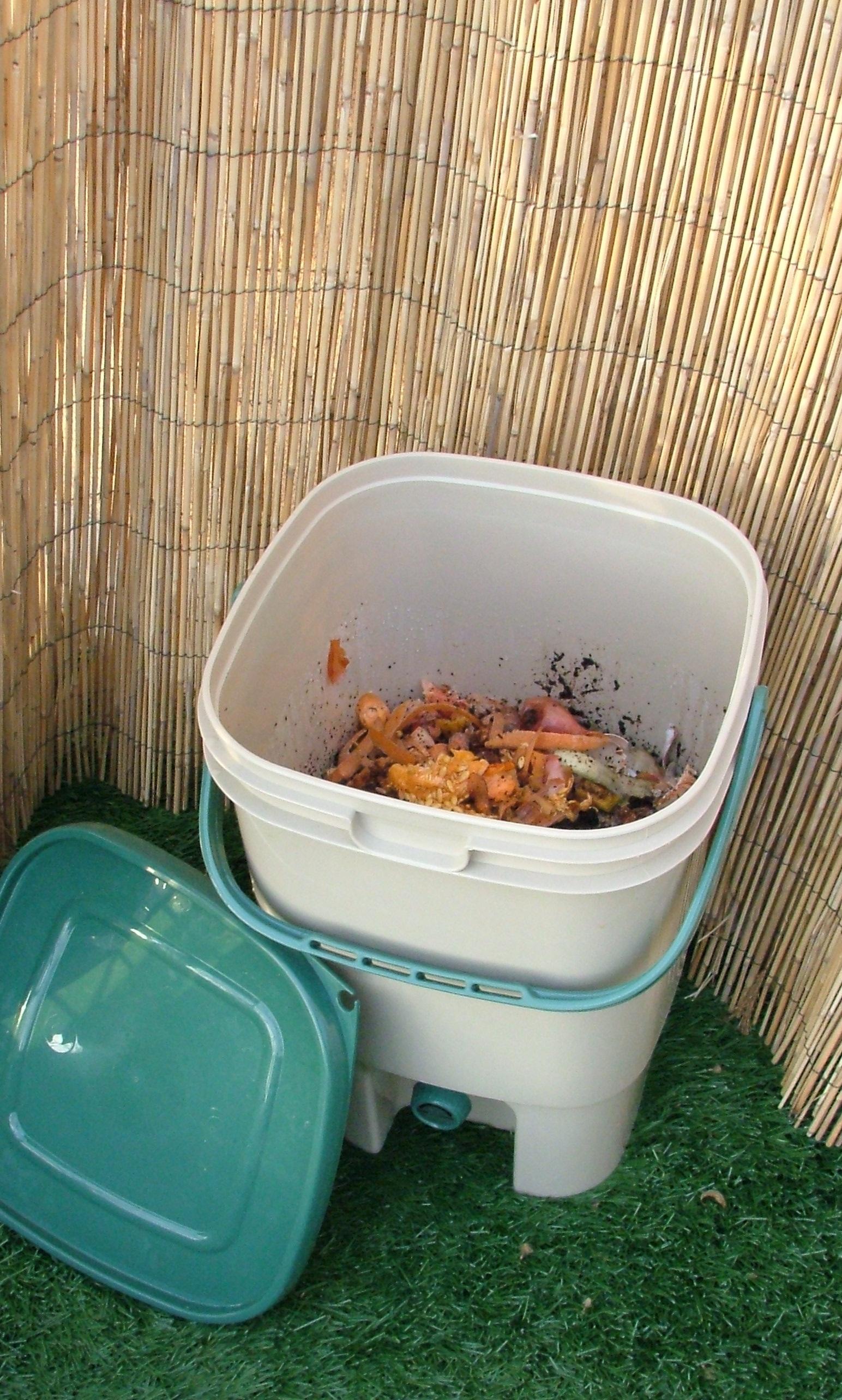 Composteur_de_cuisine_bokashi_Ecovi_6.jpg