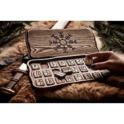 Runes de Futhark luxe  dans une boîte ( Aegishjalmur)