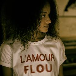 L'AMOUR FLOU