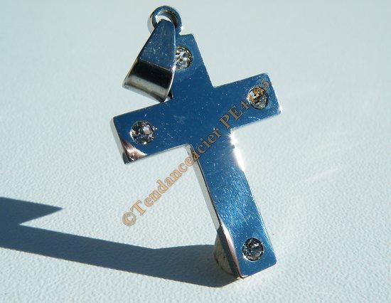 Pendentif Pur Acier Inoxydable Croix 4 Zirconium Argenté Brillant Religion Dieu