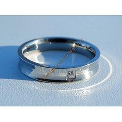 Bague Acier Inoxydable Incurvé 1 Cubic Zirconium Strass 4 mm Amour Love