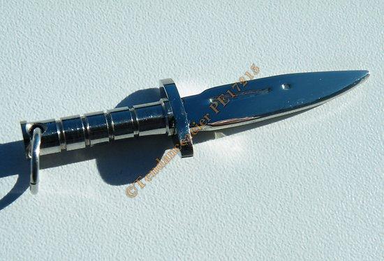 Pendentif Pur Acier Inoxydable Arme Couteau Sabre Poignard Chasse Dague Argenté 65 mm