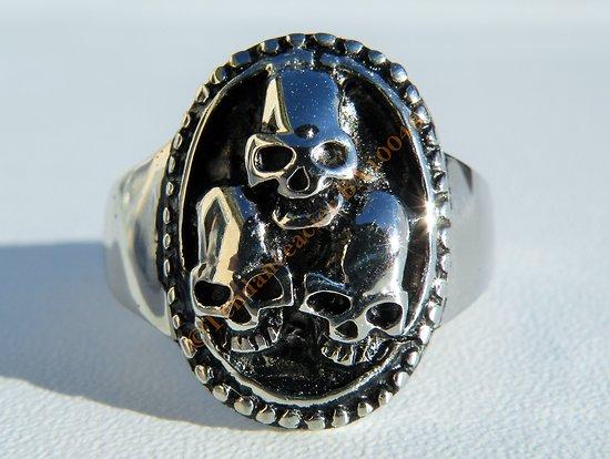 Bague Chevalière Ovale Skull 3 Tetes de Mort Crane Relief Pur Acier Inoxydable Argenté Biker Emo Goth